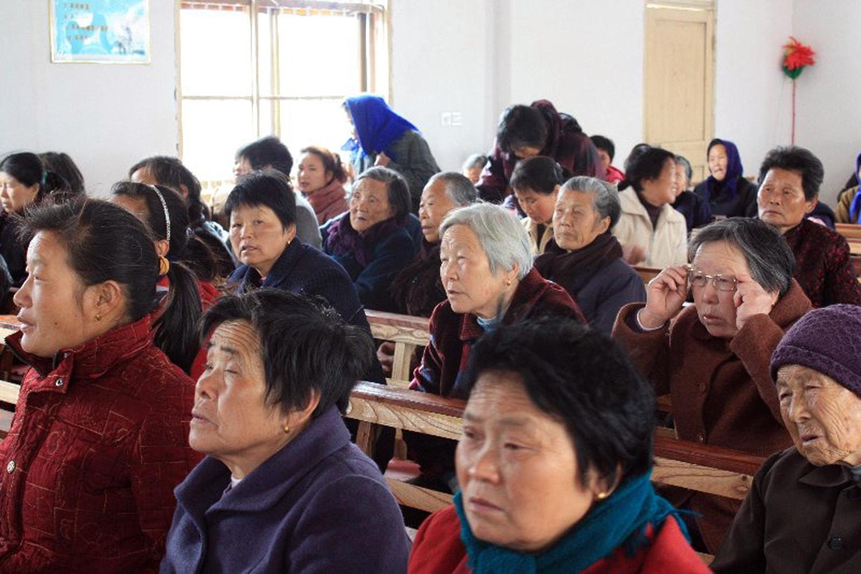 Elderly women - CU-min