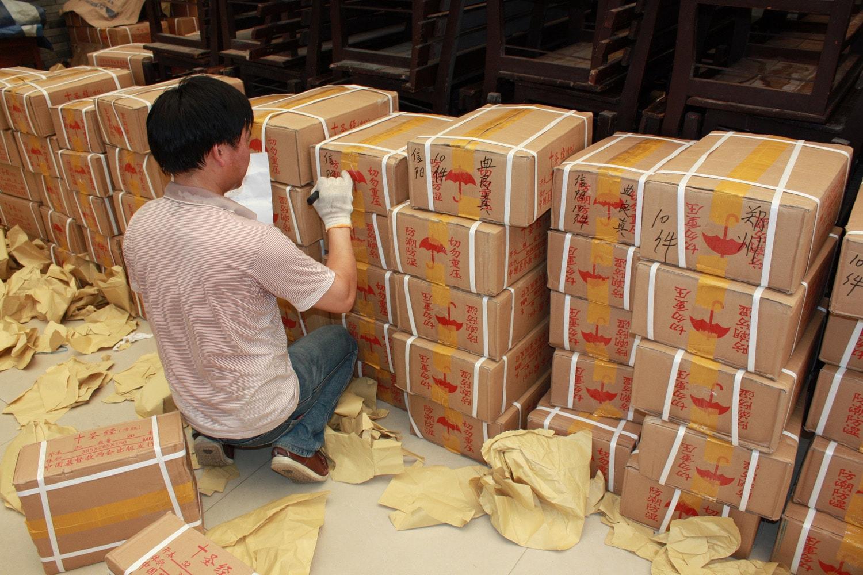 Hangzhou Bible Distribution Point - marking boxes copy-min