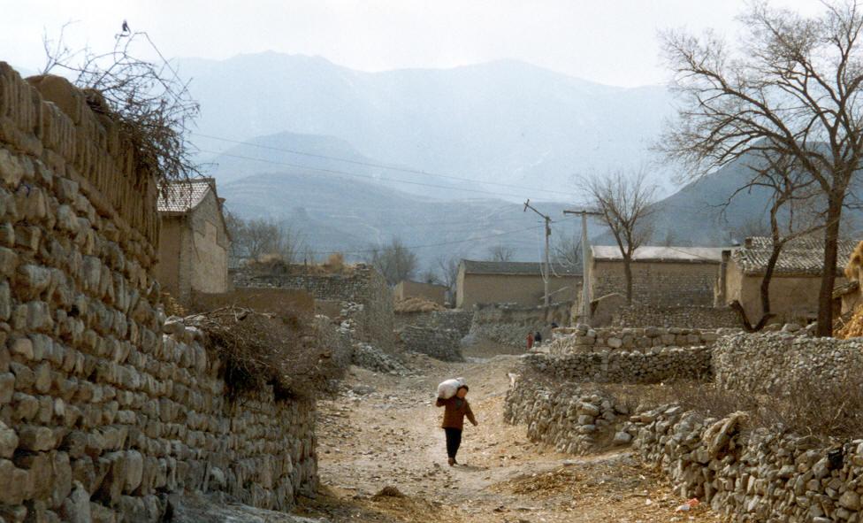Life in Wang Hua Zhuang Vlg Shouzou, Shanxi-min